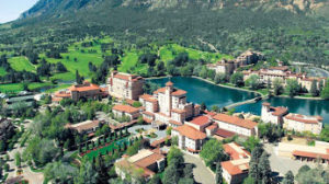 The Broadmoor is the beautiful setting for an incredible food and wine event this month.