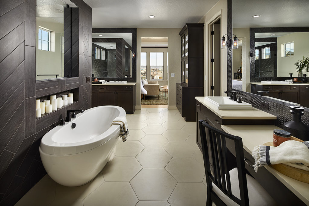 Stepping Stone Stonewalk_Dahlia_Master Bathroom